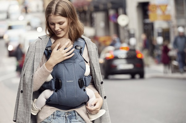 BabyBjorn Carrier One Navy - Tell Me Baby